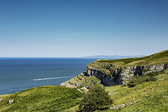 Take me away... (Spokenwheelphotography) Tags: greatorme llandudno wales northwales water scenic scenery scenicsnotjustlandscapes landscape beautiful sea cymru canon canon5diii canonphotography canon5d3 canonofficial canon70200 countryside boat boats blueskies