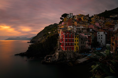 Riomaggiore (methariorn78) Tags: landscape landscapes seascape cityscape city citt paesaggio sea mare water acqua long exposure lungaesposizione sunset sundown tramonto golden warmlight naturallight nature sunlight cinqueterre 5 terre liguria italy italia italian mediterraneo