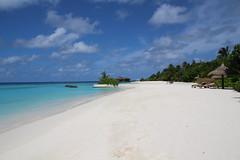 Sunrise beach (survivingmaldives) Tags: jumeirah vittaveli maldives