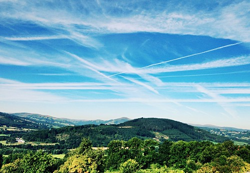 Contrails over Myarth Hill