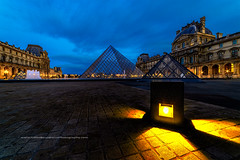 Pyramide du Louvre (Gilles Bourdreux Photographie) Tags: europe france parisbynight paris louvre pyramide sunrise sunlights lights reflets reflection lumires