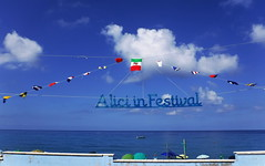 Alici in Festival (Federica, ingFI) Tags: alici festival lungomare mare bandiere cielo blu