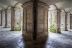 Wren's cloister 1 (alanhitchcock49) Tags: fountain court march christopher palace wren cloister hampton sir hdr 2015