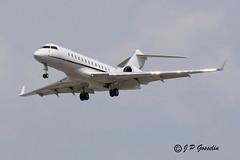 N944GX  |  GLOBAL 6000  | McDONALD'S   |       BOMBARDIER AEROSPACE   |    GLEX  |  GEX     |   BD-700-1A10  |   BIZJET  |  MONTREAL  |    YUL   |  CYUL (J.P. Gosselin) Tags: canada canon airplane eos rebel airport montréal quebec mark montreal aircraft mcdonalds ii québec 7d canoneos dorval avion 6000 global aerospace yul markii bombardier trudeau gex bizjet aéroport glex cyul petrudeau bd7001a10 bombardieraerospace t2i petrudeauinternationalairport eos7d canoneos7d canon7d canoneosrebelt2i 7dmarkii ph:camera=canon canon7dmarkii aéroportinternationalpetrudeau global6000 n944gx