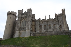 Arundel Castle approach (roger_forster) Tags: west castle sussex norfolk duke marshall earl arundel battlements crenelations