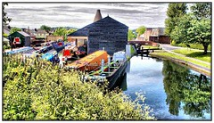 Wordsley - Dadford shed and boat yard (Keith Slater) Tags: canals narrowboats wordsley keithslater blackcountrycanals