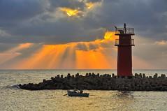 _DSC9927-HDR explore 10april 2015 (nabilelsherif) Tags: sea sky orange clouds boat fishing nikon egypt nile explore rays nikkor egy d90 houselight damietta nikond90 raselbar 18105mmvr