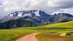 Nevado de Chicon (Miradortigre) Tags: trip travel mountain peru landscape peak paisaje mount pico andes montaña cordillera chicon 秘魯 marianomantel