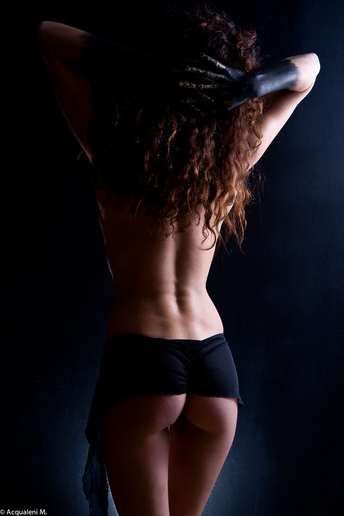 Femme Nue String the world's most recently posted photos of nue and up - flickr hive mind