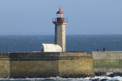 At the mouth of the R. Douro. (piktaker) Tags: lighthouse portugal porto farol fozdodouro navigationaid