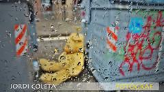 JUGETE MUERTO III (jordi coleta) Tags: pictures barcelona street urban streetart color art beautiful beauty composition photography graffiti calle cool artwork nikon artist arte pics arts picture streetphotography award social terror urbana catalunya soledad capture jordi gra artistico pobreza acero picoftheday abandonado coleta grafiteros allshots artoftheday d7000 nikonflickraward streetartistry streetphotoportrait