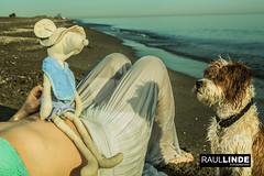 2Q8A8261.jpg (RAULLINDE) Tags: flick romanticismo andalucia puestadesol 5dmarkiii web raullindefotografia canon mujer facebook hombre pareja retrato publicada mascota perro atardecer modelos almeria