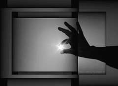 "There is a ""light"", somewhere  (alogico) Tags: light hands darkness fingers philosophy mano somewhere lux luce dita psicologia psychology filosofia psychoanalysis psicoanalisi alogico willbeborninthemidstofthedarknessyourlight thereisalightsomewhere nascerinmezzoatenebrelaluce cunalucedaqualcheparte"