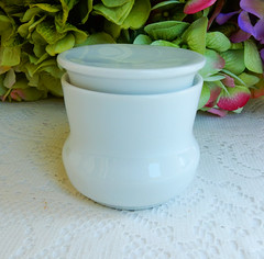 Contempri White Paul McCobb Jackson China Covered Jar ~ Retro (Donna's Collectables) Tags: china white paul jackson retro covered jar ~ contempri mccobb