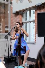 Carly E. 7462-9_9310 (Co Broerse) Tags: music composedmusic contemporarymusic popularmusic jazz vocals vivalasvegasfoodfestival dehallen amsterdam 2016 cobroerse carlye carleinelisabeth cello singersongwriter