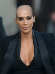 Kim Kardashian bald (marisabuffagni) Tags: kim kris khloe kourtney kardashian jenner bald buzzed tonsured wig shaved scalp smooth bare liscia pelata calva rasata rapata tosata zero pomo clipper macchinetta capelli stile style hairstyle hayrlook look eyebrow eyebrows sopraciglie depilate depilata ceretta wax waxed