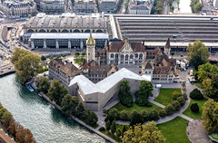 The past and the present  170A8170 (Ricardo Gomez A) Tags: landesmuseum zurich luiza building edificio gebude museo museum architecture arquitectura architektur air helicopter