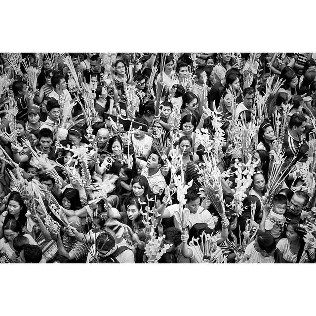 PALM SUNDAY #archive #quiapo #manila #bw #photo