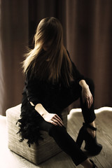 _MG_6113 (Katerina Pasnichenko) Tags: portrait woman black color art girl beautiful beauty fashion female digital canon movement model move follow followme pasnichenko katerinapasnichenko катеринапасниченко пасниченко
