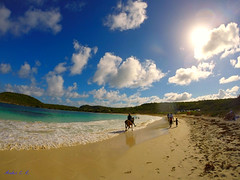 Antigua, Half Moon Bay (Ander Congil Ross) Tags: sea summer costa naturaleza sol nature mar agua playa paisaje antigua cielo hero tropical caribbean vibes aire vacaciones libre caribe 2014 gopro 3silver