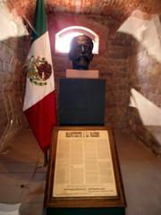 Celda de Francisco I. Madero (-Angie Z) Tags: arte slp sanluispotos calzadadeguadalupe celdadefranciscoimadero antiguapenitenciaradelestado centrodelasartesdesanluispotos