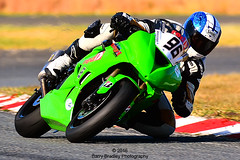 2016 07 020 (barry.bradley22) Tags: eastlondongrandprixcircuit eastlondon motorsport motorracing barrybradley barrybradleyphotography msa southafrica 2016 motorcycle motorbike grandprixcircuit dunlop thunderbikes matthewherbert extremefestival green redsquare 96 red nikon sigma 150600 150600mm sport sa barry photography