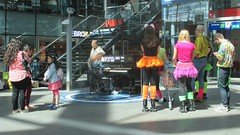 The Hague, Central Station (theo_vermeulen) Tags: station piano denhaag thehague centraal