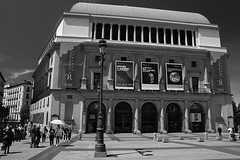 Teatro Real, Madrid (herbert@plagge) Tags: madrid teatroreal spanien spain blackandwhite city architecture royaltheatre artinbw