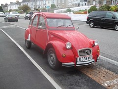 Citroen 2CV (occama) Tags: citroen 2cv 1989 red old car cornwall uk lhd french classic