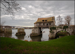 Le vieux moulin, Vernon (Nathalie Racoussot) Tags: normandie moulin france olympus seine