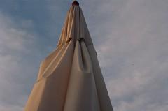 Blue sky (luluferrari) Tags: film 35mm nikon nikonfm10 kodak kodak400 florianpolis bluesky sky lookingup relax working brasil brazil analogic analog travel trip tropicalwinter traveling rooftop