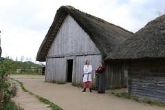 286 Haithabu WHH 21-08-2016 (Kai-Erik) Tags: geo:lat=5449116281 geo:lon=956710604 geotagged haithabu hedeby heddeby heiabr heithabyr heidiba siedlung frhmittelalterlichestadt stadt town wikingerzeit wikinger vikinger vikings viking vikingr huser house vikingehuse vikingetidshusene museum archologie archaeology arkologi arkeologi whh wmh haddebyernoor handelsmetropole museumsfreiflche wall stadtwall danewerk danevirke danwirchi oldenburg schleswigholstein slesvigholsten slesvigland deutschland tyskland germany bohlenwand reparatur zweitesskaldentreffen geschichtenerzhler musiker gruppesitram thomaspetersen jorgederwanderer urdvaldemarsdatter mittelalterlichemusikinstrumente skalden thorshammeralsamulettauszinngegossen 21082016 21august2016 21thaugust2016 08212016 httpwwwhaithabutagebuchde httpwwwschlossgottorfdehaithabu