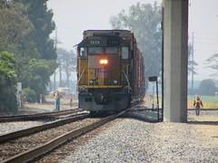 Switching the IPP (vcrailfan1999) Tags: up train trains unionpacific camarillo railfan geep uprr railfanning gp402 1374 localfreight lof63 santabarbarasub oxnardlocal up1374