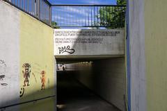2016-07-01-001-MaMa - Augsburg - FH - 0007 - C00001s - W1920 (mair_matthias_1969) Tags: augsburg bayern deutschland de lumix panasonic dmcg7 dmcg70 mft microfourthirds g7 g70 lumixg7 lumixg70 nophotoshop keineschmutzigentricks ohneschmutzigetricks nodirtytricks gvario14140f3556 outdoor zaun fence bertoldbrecht architektur architecture ingenieurbau civilengineering