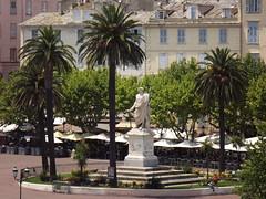 Bastia, place St Nicolas: Napolon en empereur romain (vincentello) Tags: bastia placesaintnicolas statue napolon corse corsica
