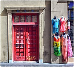Puerta Roja (Red Door) (SamyColor) Tags: red colors rojo puerta oldsanjuan colores reddoor sanjuan colori viejosanjuan colorido puertaroja canon50d tamron28mmf25adaptall2
