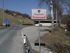 Austria border sign, Leutschach an der Weinstrae, Austria (Norbert Bnhidi) Tags: austria leutschachanderweinstrase leutschachanderweinstrasse leutschach glanzanderweinstrase glanzanderweinstrasse glanz sign sterreich autriche ustria oostenrijk  ausztria styria steiermark estiria styrie stiria estria stiermarken  stjerorszg