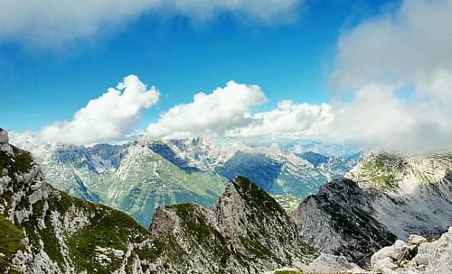 20150814 #loves_friuliveneziagiulia #montagna #mountains #montagne  #ig_friuli_vg #igers_friuliveneziagiulia #ig_friuliveneziagiulia #friuliveneziagiulia #openair #alpinismo #sentiero #landscape #panorama #friuliveneziagiulia #outdoor #outdoors #mountaine