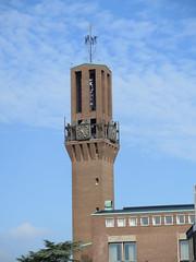 Hengelo stadhuis toren (Arthur-A) Tags: netherlands cityhall nederland townhall rathaus mairie stadhuis gemeentehuis hengelo gemeng
