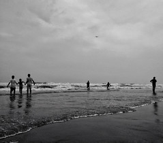 1 2 3 and plane (Shadman241091) Tags: plane numbers pattern people bnw sea coxsbazaar chittagong bangladesh seabeach largestseabeach mobielshot oneplusone