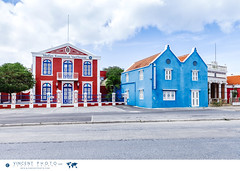 Houses in the Pietermaai District in the city of Willemstad in Curacao. (Vincent Demers - vincentphoto.com) Tags: abcislands amriquedusud antilles antillesnerlandaises architecture architecturecoloniale building btiment carabes caribbean caribbeanisland colonialarchitecture colorful color colourful curacao curaao destinationdevoyage destinationtouristique dutchcaribbean dutchcaribbeanisland historicpietermaaidistrict iledescarabes kingdomofthenetherlands maison multicolore neighborhood netherlandsantilles photodevoyage photographiedevoyage pietermaai pietermaaidistrict quartier quartierpietermaai royaumedespaysbas southamerica tourism tourisme travel traveldestination travellocation travelphoto travelphotography trip voyage willemstad