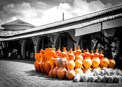 Cerâmica (lucascobos) Tags: explore artesanato artesania mercado mercadão nordeste aracaju bra sergipe brasil brazil orange cerâmica ceramics market cidadesnordestinas arq arquitetura architecture urban gres