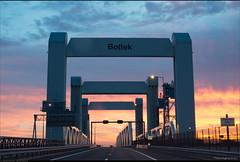 Inspectie ramps Botlekbrug A15 (Peterbijkerk.eu Photography) Tags: a15 botlek botlekbrug ijsselmonde rotterdam vondelingenplaat inspectie peterbijkerkeu verhardingsonderzoek hoogvlietrotterdam zuidholland nederland nl bridge hefbrug