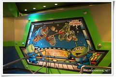 Buzz Lightyear's Space Ranger Spin (Narwal) Tags: world park usa lake buzz us orlando ranger florida space magic spin kingdom disney resort vista fl walt tomorrowland 迪士尼 buena 美國 lightyears 明日世界 奧蘭多 佛羅里達 主題公園 神奇王國