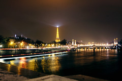 Paris (Jorkew) Tags: street city longexposure bridge light people urban motion paris france streets tower seine canon river de champselysees eos lights la boat movement europe long exposure ship traffic eiffeltower champs ile eiffel des concordes filter latoureiffel concorde pont l searchlight frankrijk usm fr elysees iledefrance f28 canonef2470mmf28lusm ef ef2470mmf28lusm parijs parisian quartier gustave latour laseine 2470mm gustaveeiffel pontdelaconcorde canoneflens 50d neutraldensity nd4 lusm canon2470mmf28 canoneos50d canonefllens stealthgear artfiicial