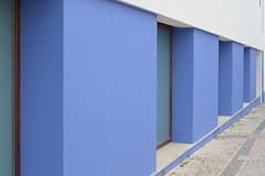 Sequncia (PauloConstantino) Tags: blue windows abstract art azul squares fine mirrors sequence abstrato espelhos janelas azuis quadrados sequencia