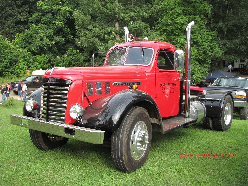 The World\'s Best Photos of antique and tractortrailer - Flickr ...