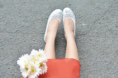Trice Nagusara (Trice Nagusara) Tags: summer orange flower color floral colors look fashion silver outfit clothing top style skirt blogger flats manila looks styles casual chic tops petite skirts petites trice orangetop topshop sleeveless lapetite lookbook casualday outfitoftheday orangeskirt ootd silverflats casualstyle fashionblogger casualoutfit petitestyle midlengthskirt cruellaco fashionbloggerinmanila styleforpetite styleforpetites tricenagusara petiteblogger fashionbloggermanila petitestyles lapetitetrice casualootd sephtrice sephcham sephchamtricenagusara tricenagusarasephcham triceseph josephcham everybodyneedsapair
