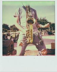 Progetto MANI (Raissa Fitzgerald Photographer) Tags: polaroid 600 analogico analogic picture music concert musica concerto sax sassofono john garage