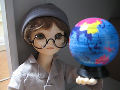 Second Toby Day 013 (EmpathicMonkey) Tags: toby ball toys happy monkey photo dolls olive story bjd jointed bluefairy